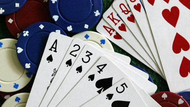 WHY IS POKER ADDICTING