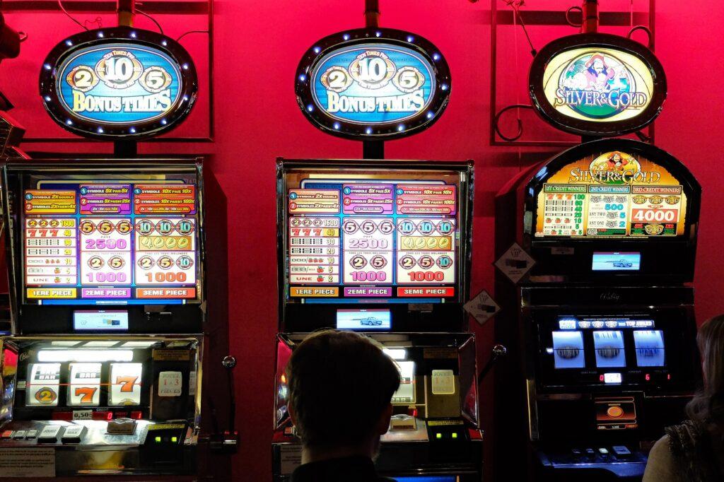 5 Tricks To Win Slot Machines Online Games